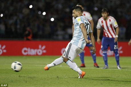 Aguero tiet lo li do HLV Pep Guardiola cam wi-fi o Man City - Anh 3