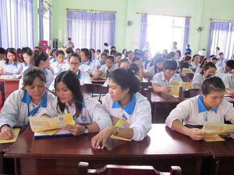 Diem sang thuc hien BHXH: Hieu qua tu chuong trinh phoi hop voi Hoi Nong dan tinh - Anh 1