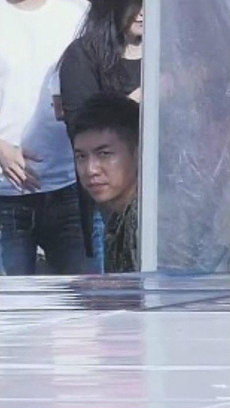 Dan mang Han dang cuoi am am vi anh mat 'hau hau nhu dieu hau' cua Lee Seung Gi truoc than hinh Yura - Anh 3