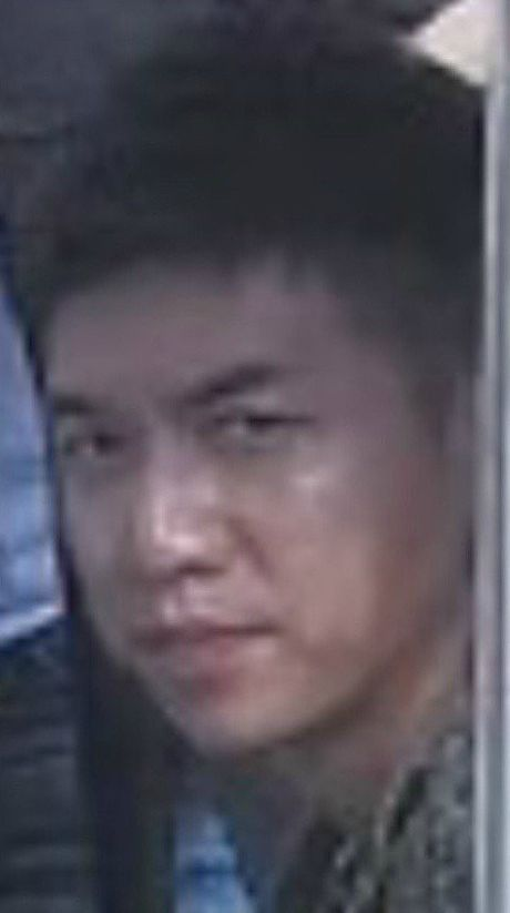 Dan mang Han dang cuoi am am vi anh mat 'hau hau nhu dieu hau' cua Lee Seung Gi truoc than hinh Yura - Anh 4