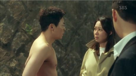 'Jealousy Incarnate': Bi Kyung Pyo 'chia tay - doi qua', Jung Suk lot ao tra giua pho - Anh 6