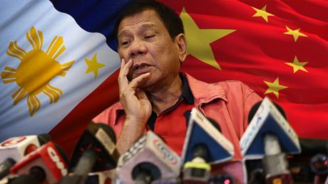 Quan he My-Philippines ra sao khi ong Duterte tham Trung Quoc? - Anh 1