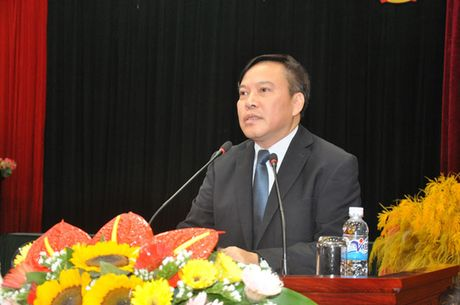 Can chinh sach dot pha de nong dan san xuat nong san sach - Anh 2