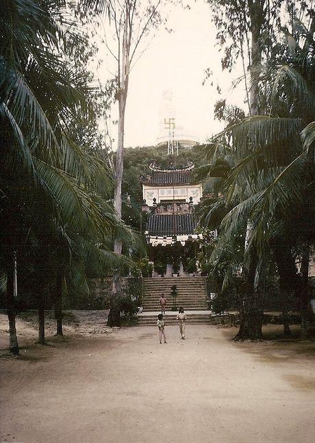 Nha Trang nam 1966-1967 net cang trong anh cuu binh My - Anh 2