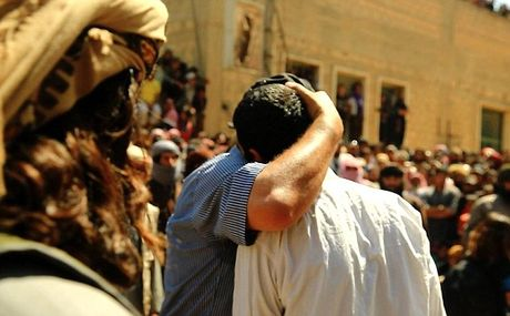 Kinh hai canh IS nem da toi chet 'toi nhan' o Syria - Anh 4