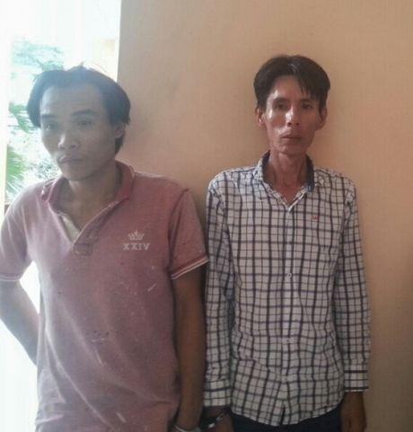 Binh Duong: Doi tinh nhan thue phong tro lam noi cat giau ma tuy - Anh 1