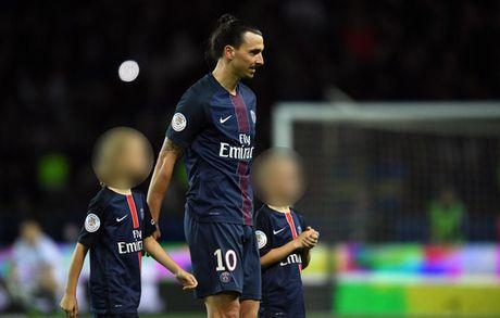 Con trai Ibrahimovic gia nhap M.U - Anh 1