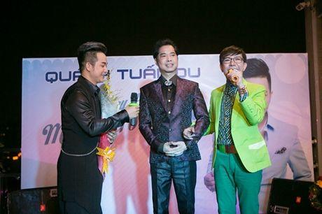Vo chong Thanh Ngoc, Ung Hoang Phuc rang ro di mung sinh nhat Quach Tuan Du - Anh 10