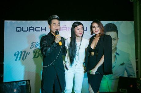 Vo chong Thanh Ngoc, Ung Hoang Phuc rang ro di mung sinh nhat Quach Tuan Du - Anh 11