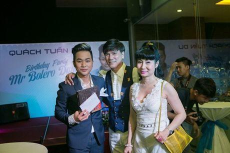 Vo chong Thanh Ngoc, Ung Hoang Phuc rang ro di mung sinh nhat Quach Tuan Du - Anh 13
