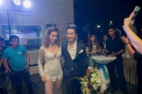 Vo chong Thanh Ngoc, Ung Hoang Phuc rang ro di mung sinh nhat Quach Tuan Du - Anh 15
