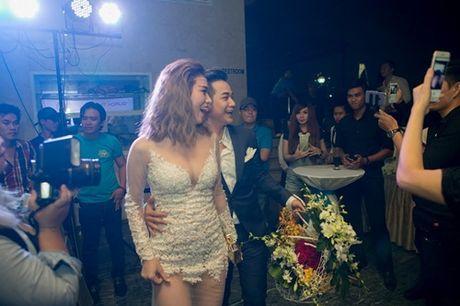 Vo chong Thanh Ngoc, Ung Hoang Phuc rang ro di mung sinh nhat Quach Tuan Du - Anh 16
