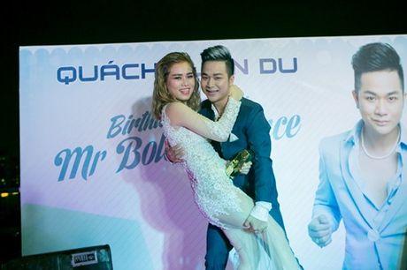 Vo chong Thanh Ngoc, Ung Hoang Phuc rang ro di mung sinh nhat Quach Tuan Du - Anh 19