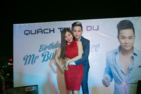 Vo chong Thanh Ngoc, Ung Hoang Phuc rang ro di mung sinh nhat Quach Tuan Du - Anh 3