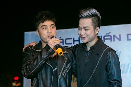 Vo chong Thanh Ngoc, Ung Hoang Phuc rang ro di mung sinh nhat Quach Tuan Du - Anh 5