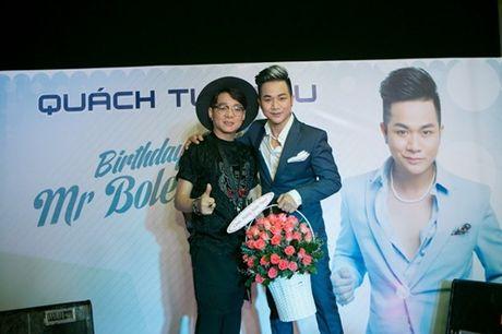 Vo chong Thanh Ngoc, Ung Hoang Phuc rang ro di mung sinh nhat Quach Tuan Du - Anh 6