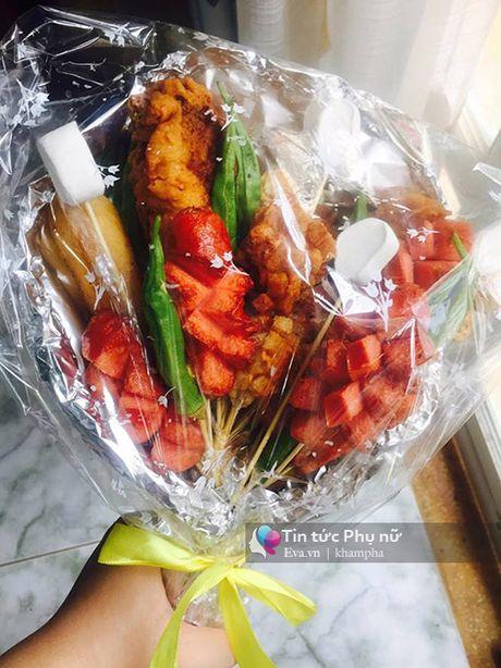 Can 20/10, hoa lam tu do an gia 100 nghin/bo gay sot Sai Gon - Anh 3