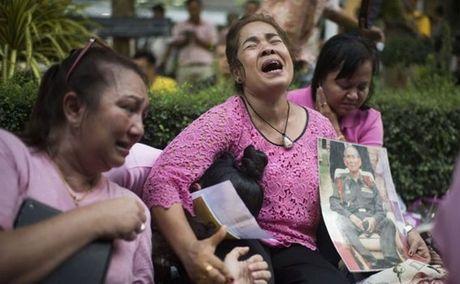 Du lich Thai Lan 'dong bang' sau khi vua qua doi - Anh 1