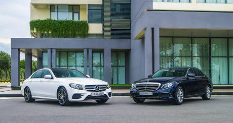 "Mercedes E-Class the he moi ""chao"" thi truong Viet, gia tu 2,099 ty dong - Anh 1"