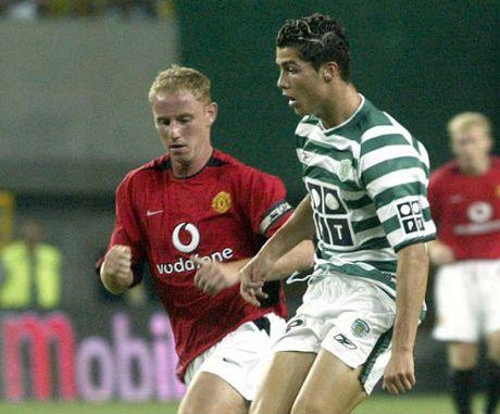 10 cau thu hay nhat the gioi: Ronaldo lai vuot Messi - Anh 2