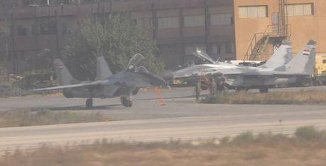 Nga trang bi cho tiem kich MiG-29 Syria ten lua R-77 toi tan - Anh 1