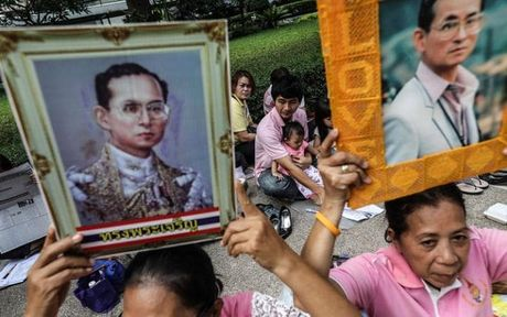Luu y du lich Thai Lan sau khi vi vua dang kinh nuoc nay tu tran - Anh 1