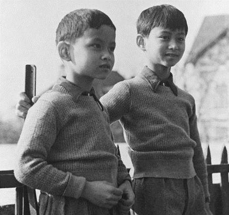 Cuoc doi nha vua Thai Lan Bhumibol Adulyadej qua anh - Anh 1