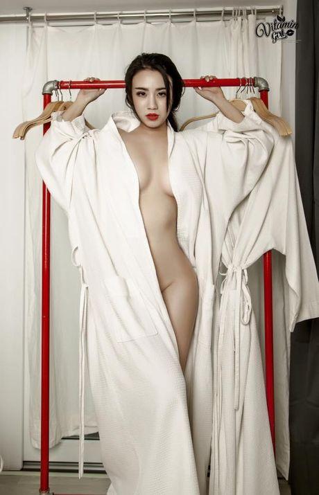 Nhin lai loat hinh nong bong cua Linh Miu truoc khi gay 'bao' scandal - Anh 7