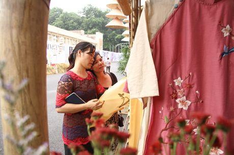 Ngam nhung mau thiet ke tai Festival ao dai Ha Noi 2016 truoc gio khai hoi - Anh 10