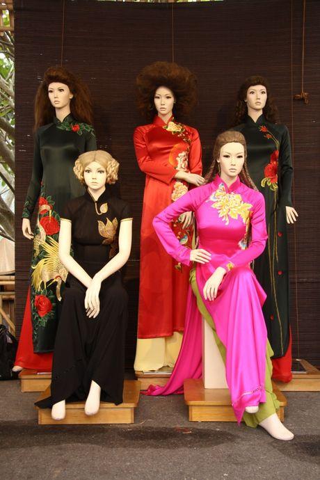 Ngam nhung mau thiet ke tai Festival ao dai Ha Noi 2016 truoc gio khai hoi - Anh 6