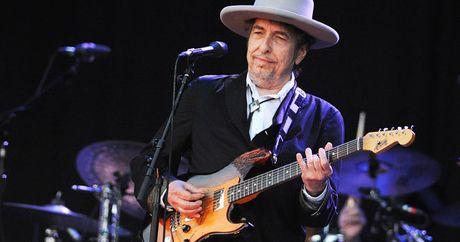 Huyen thoai am nhac Bob Dylan gianh Nobel Van hoc 2016 - Anh 1