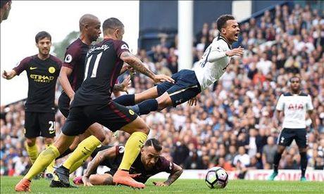Truoc vong 8 Premier League: M.U dai chien Liverpool - Anh 2