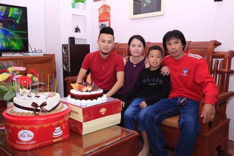 Vo Huy Toan: Chang trai me ca hat va dieu lang man nhat muon danh cho me - Anh 3
