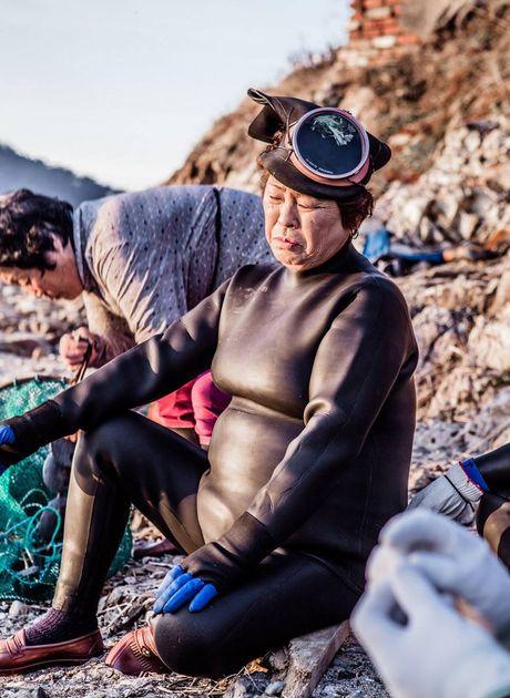 Gap go nhung 'nang tien ca' 70 tuoi cuoi cung cua Han Quoc - Anh 8