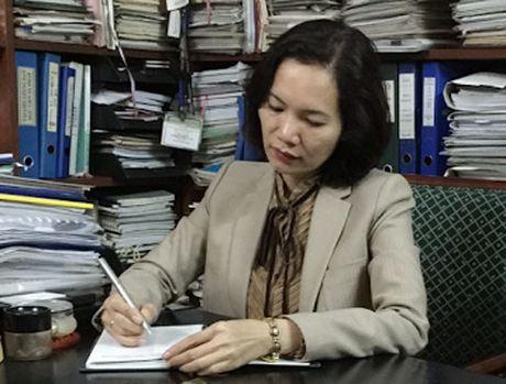 Luat su ong Hoang Xuan Que phan bien luat su Bo Giao duc the nao? - Anh 2