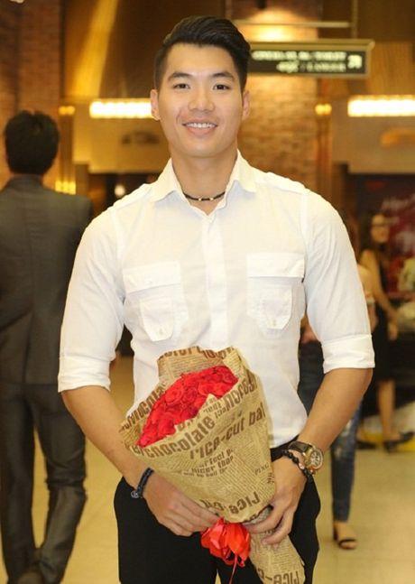 Tai tu TVB Ma Duc Chung den Viet Nam vi Khanh My - Anh 3