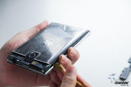 """Tan mat nhin qua trinh """"ho bien"""" BlackBerry Passport Phap thanh Quoc te - Anh 10"""
