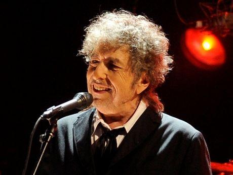 'Bob Dylan cua Viet Nam' va 'Trinh Cong Son cua My' - Anh 2