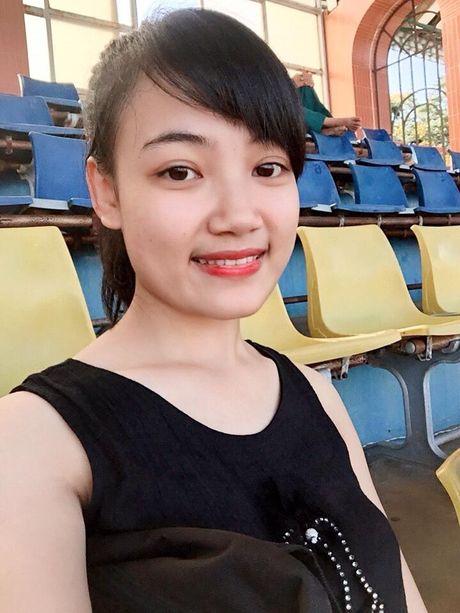 Co gai xu Nghe khien 'chang lun' U19 Viet Nam sieu long - Anh 7