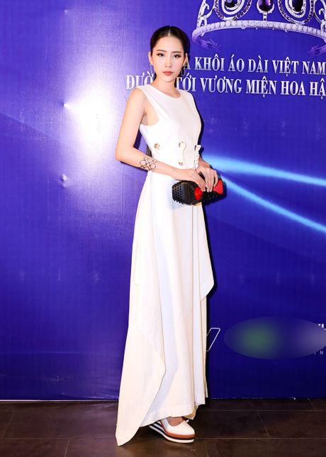 Hanh trinh len doi hang hieu dat do cua Hoa khoi Nam Em - Anh 8
