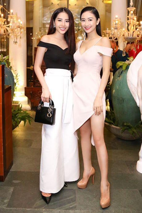 Hanh trinh len doi hang hieu dat do cua Hoa khoi Nam Em - Anh 9