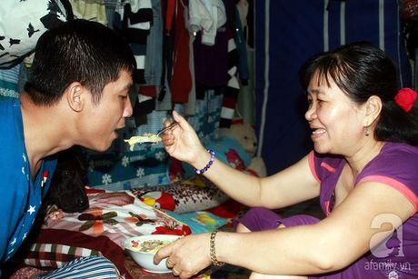 Viet tiep cau chuyen tinh nguoi tren dat SG: 'Nguoi dac biet' cua anh ban ve so cut ca hai tay - Anh 12
