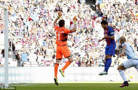 Chi tiet Barcelona - Deportivo: The tran an bai (KT) - Anh 3
