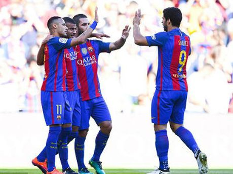 Chi tiet Barcelona - Deportivo: The tran an bai (KT) - Anh 4