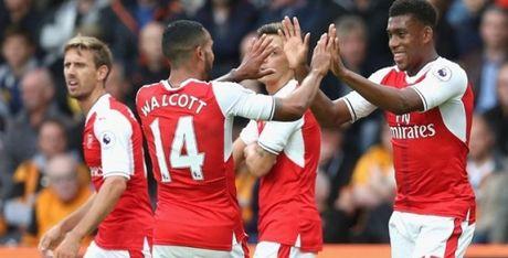 21h00 ngay 15/10, Arsenal vs Swansea: Phao no lien hoan - Anh 1