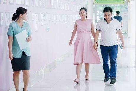Duong Cam Lynh sinh con trai dau long - Anh 4