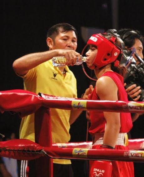 Màn so găng nảy lửa của các hotgirl làng Boxing Việt