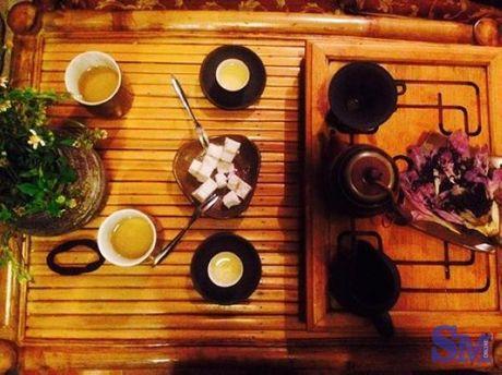 Kham pha khong gian dam chat tra dao o Hue - Anh 6