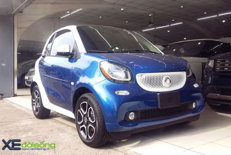 Can canh xe choi Smart fortwo 2016 tien ty dau tien tai Viet Nam - Anh 1