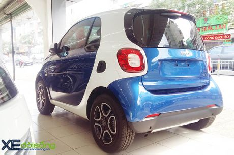 Can canh xe choi Smart fortwo 2016 tien ty dau tien tai Viet Nam - Anh 2
